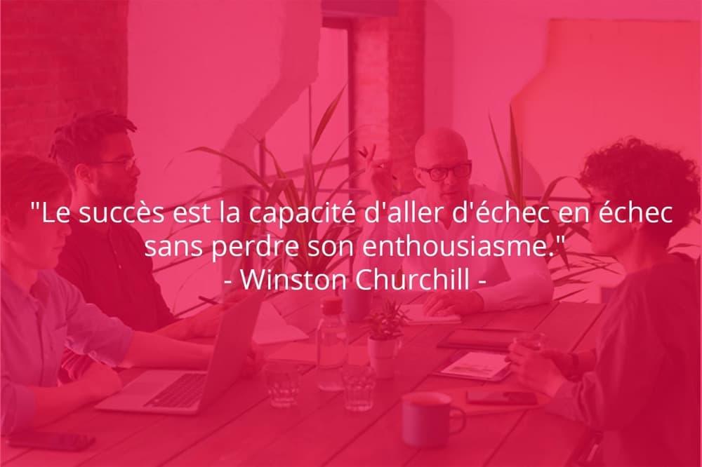 Citation de Winston Churchill sur le succès et l'enthousiasme.